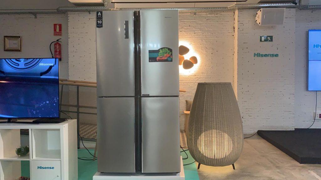 Presentación frigorífico Cross Door Hisense